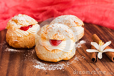 Homemade Choux pastry with crimson curd