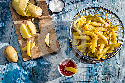 Homemade French fries made ​​from potatoes