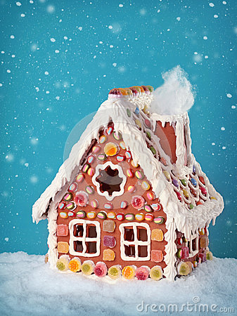 Free Homemade Gingerbread House Royalty Free Stock Images - 26924669