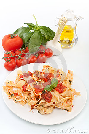 Free Homemade Pasta With Tomato Sauce Stock Images - 39153184