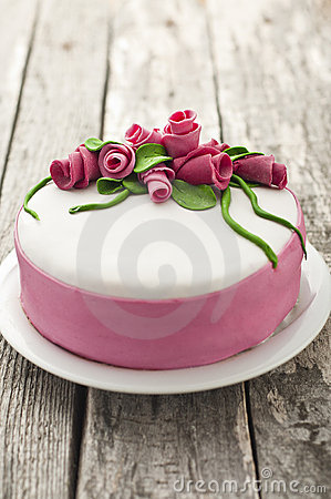 Homemade roses cake