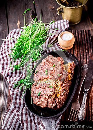 Free Homemade Stuffed Meat Roll On Iron Pan. Stock Photography - 67462352