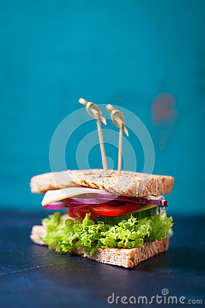Free Homemade Tasty Vegetarian Sandwich With Fresh Vegetables And Cheese Royalty Free Stock Photo - 79091065