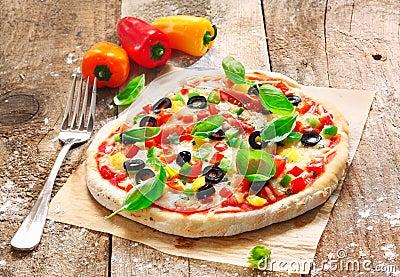 Homemade vegetarian Italian pizza