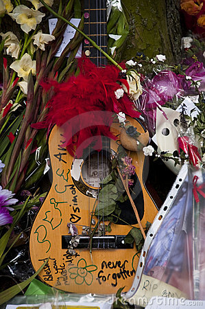 Hommage à l ami Winehouse Photo éditorial