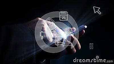 Homme à l'aide du smartphone avec les apps olographes clips vidéos