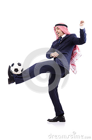 Homme d affaires arabe avec le football