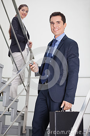 Rencontre d'hommes et femmes d'affaires
