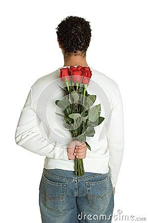 Homme rouge de roses