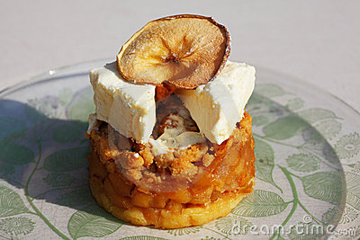 Honey apple dessert