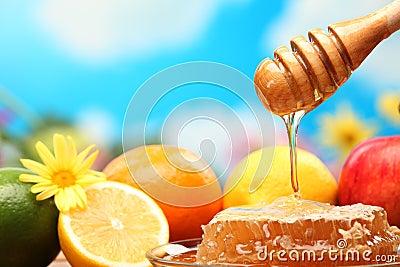 Honey and fresh fruits