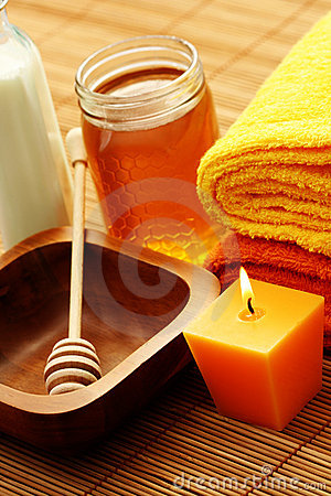 Honey and milk spa