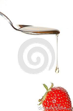 Free Honey On Strawberry Royalty Free Stock Photos - 1371548
