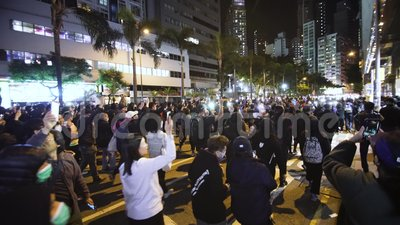 Hongkong-Marsch gegen Regierung und Polizei stock footage