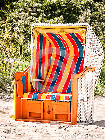 Hooded beach chair
