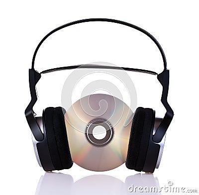 Hoofdtelefoons op een CD
