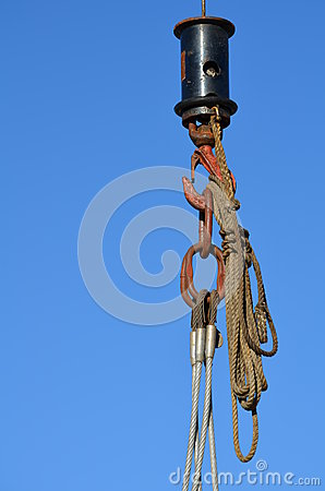Free Hook Of A Ships Crane With Ropes And Steel Cable Stock Photo - 26303370