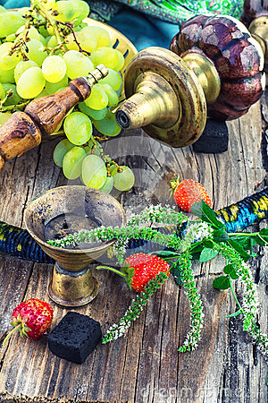 Free Hookah With Fruit Flavour Royalty Free Stock Photos - 58568688