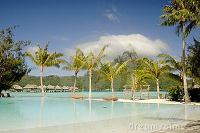Horizon Pool at Bora Bora