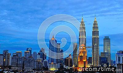 Horizonte de Kuala Lumpur, Malasia Fotografía editorial