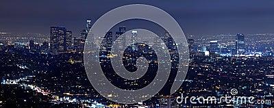 Horizonte de Los Ángeles en la noche