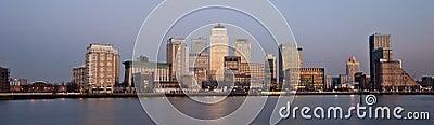 Horizonte panorámico 2013 del distrito financiero de Londres