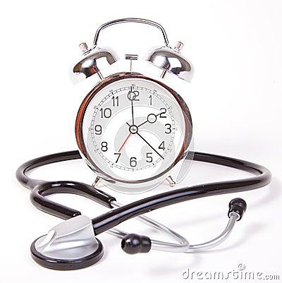 Horloge avec le stéthoscope