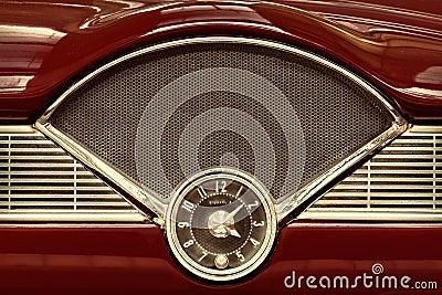 Horloge l 39 int rieur d 39 une voiture classique d 39 ann es 39 50 for A l interieur d une voiture