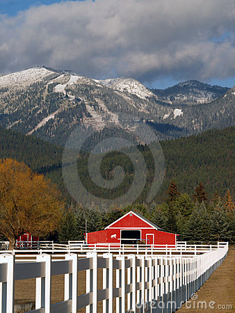 Free Horse Ranch And Mountains Stock Photography - 7529652