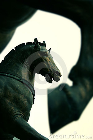 Free Horses Statue On Saint Mark S Cathedral, Venice Royalty Free Stock Photos - 4723458