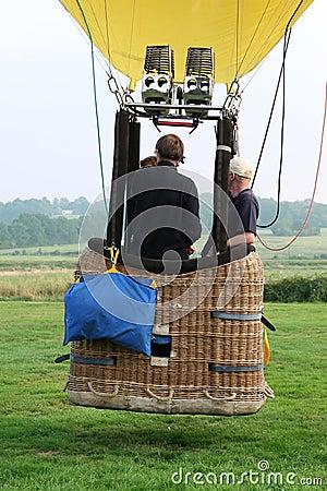 Free Hot Air Balloon And Basket Royalty Free Stock Photo - 1487135