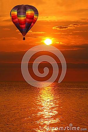 Free Hot Air Balloon Over A Golden Lake Sunset Royalty Free Stock Photos - 20596298