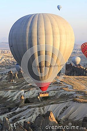 Free Hot Air Balloon Ride, Cappadocia Royalty Free Stock Photo - 47485115