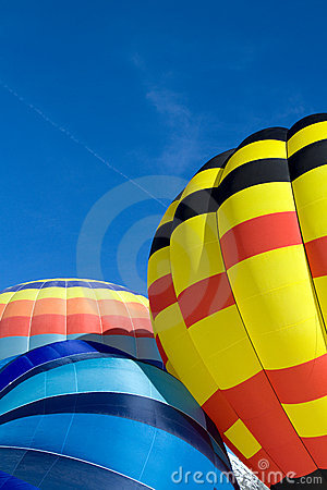Free Hot Air Balloons - Chateau-d Oex 2010 Royalty Free Stock Photos - 12671498