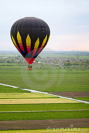 Hot air baloon floating