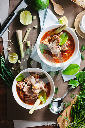 Free Hot And Spicy Soup With Pork Ribs. Royalty Free Stock Photos - 64080588