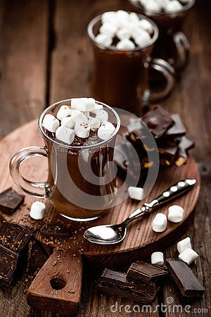 Free Hot Chocolate Dessert With Marshmallows Royalty Free Stock Images - 80705879