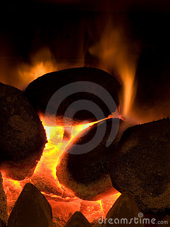 Free Hot Coals Burning With Orange Flame Royalty Free Stock Photography - 7620507