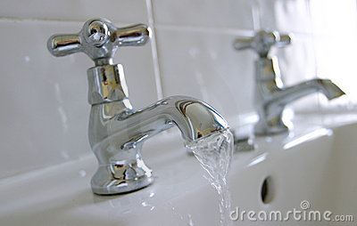 Hot & Cold Water Sink Taps