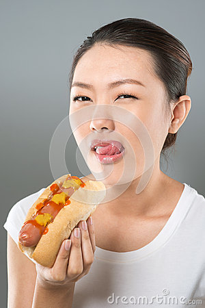 Hot-dog lover