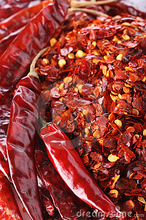 Free Hot Red Chilli Chillies Pepper Whole And Crushed Stock Image - 4774681