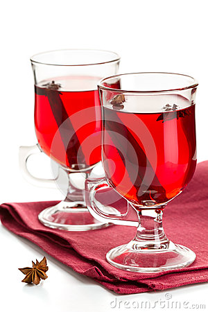 Hot spiced red drink