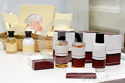 Hotel cosmetics kit