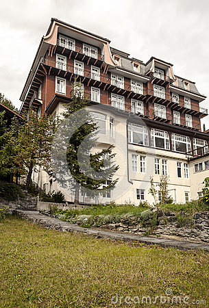 Free Hotel Of Murren Royalty Free Stock Images - 48775099