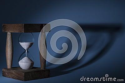 Hourglass Shadow