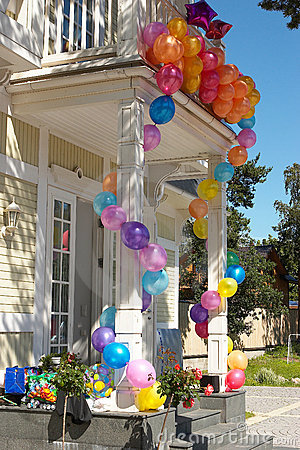 The house with balloons #5