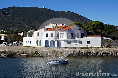 House and Catalan boat in Cadaques