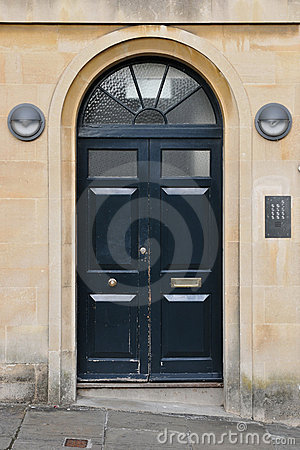 Free House Front Door Stock Images - 20732254