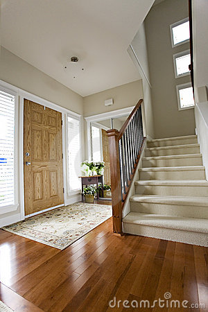 Free House Front Hall Entrance Royalty Free Stock Images - 2937949