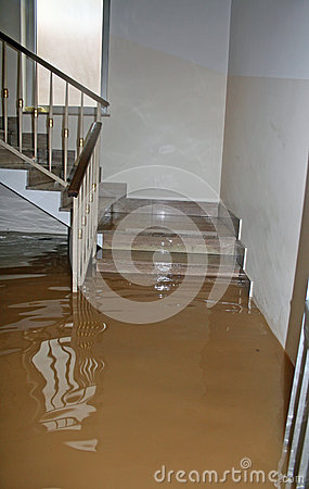 Free House Fully Flooded During The Flooding Of The River Royalty Free Stock Image - 31388136